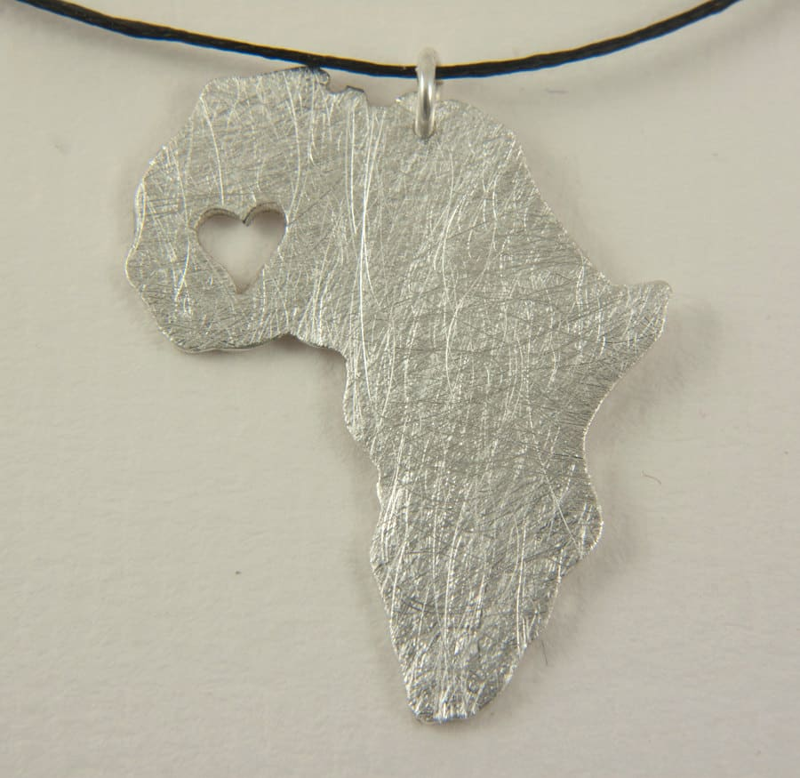Silver Necklace with heart in Mali