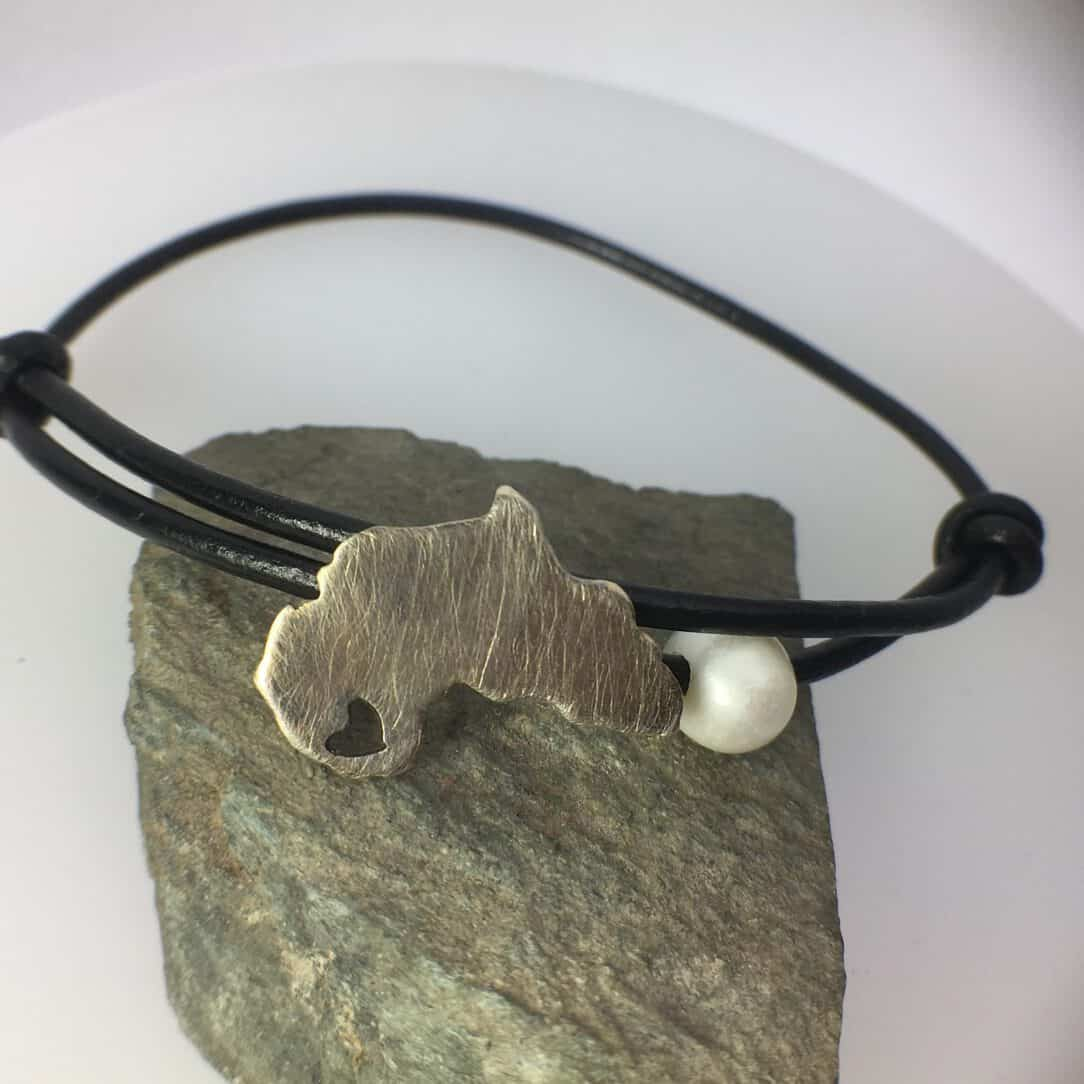Silver Africa Map Bracelet with Pearl