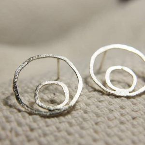 silver cicle studs