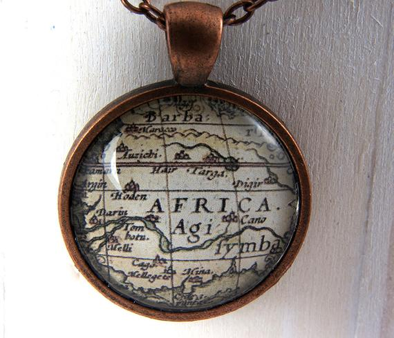 Africa Necklace Glass