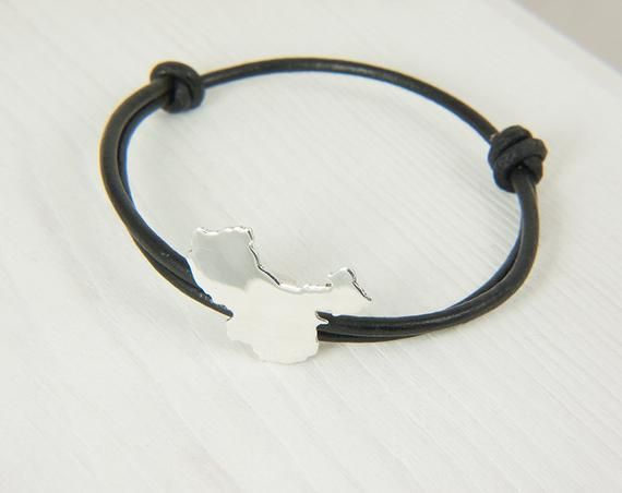 China Bracelet handmade by AfricanDreamland